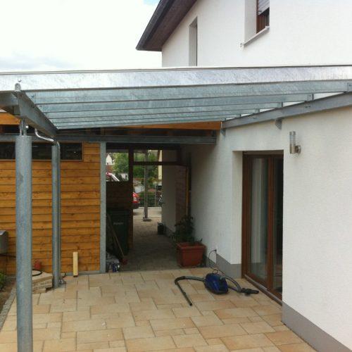 Dach bauen aus Mettal
